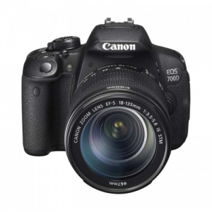 Canon EOS 700D Kit 18-135mm