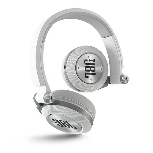 Tai nghe không dây JBL E40BT