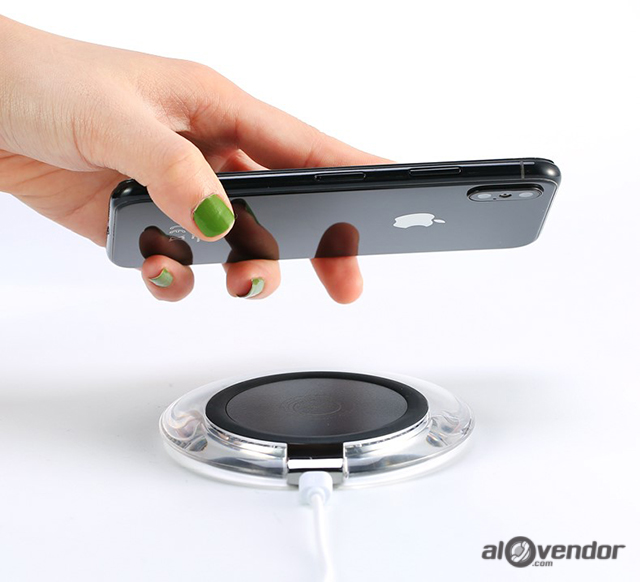 Sạc không dây iPhone REMAX