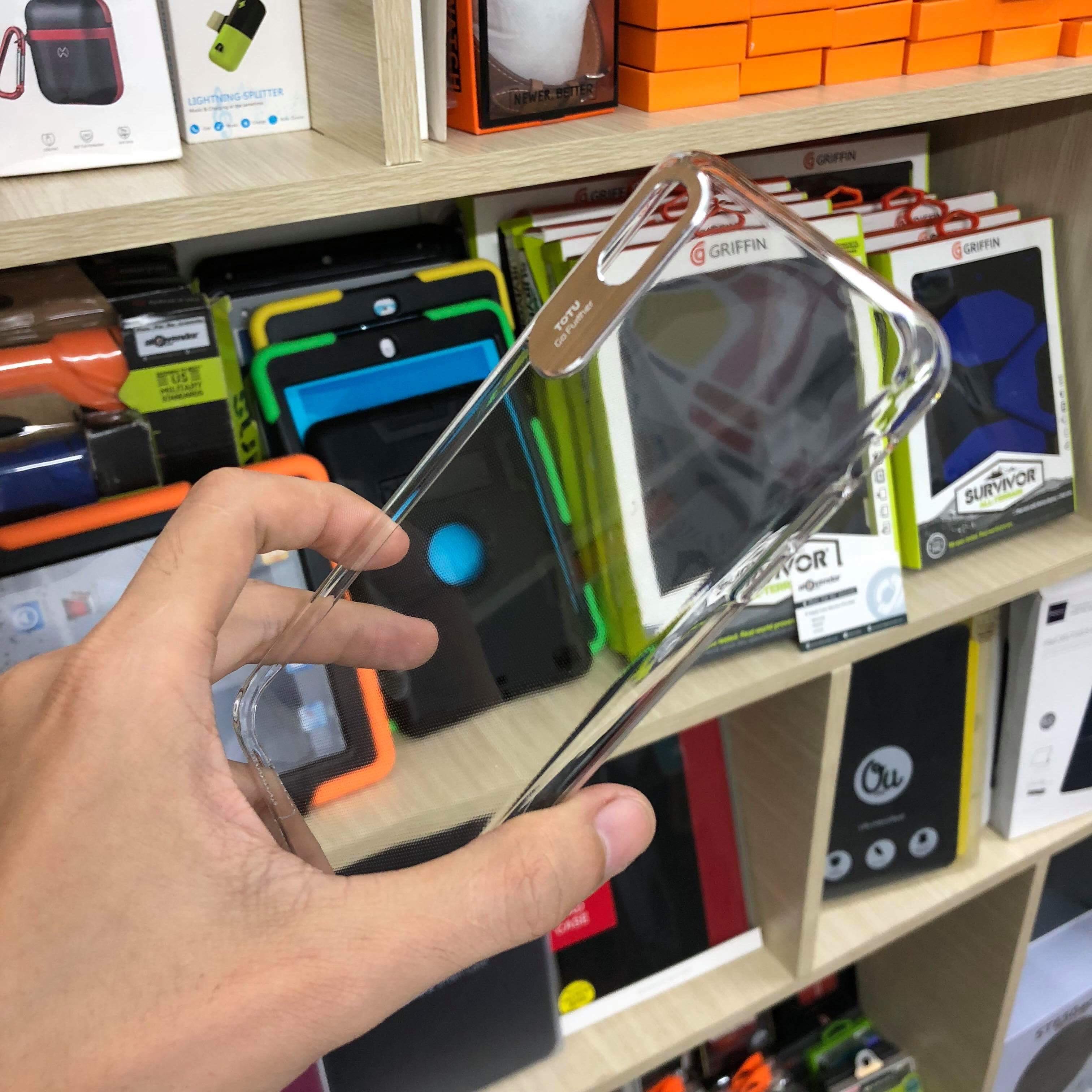 Ốp lưng kính viền camera iPhone Xs Max
